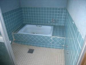 h19_koseki_bathroom_before